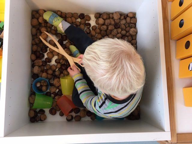 Das Kindernest in Ort bietet flexible Kinderbetreuung.