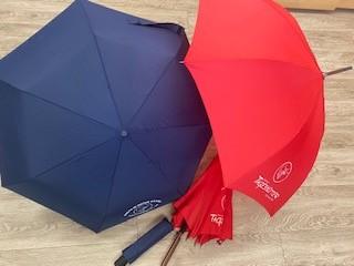 Tagesmütterregenschirme als sinnvolles Weihnachtsgeschenk.